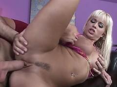 Hot cock freaking galfriend and sucking her ass hard.